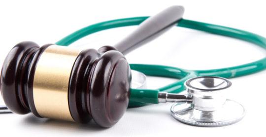 """""""La responsabilità professionale sanitaria. Aggiornamenti normativi e giurisprudenziali"""". Accreditato con 8 (otto) crediti ECM per tutte le Professioni Sanitarie. Foggia 08.06.2017."""
