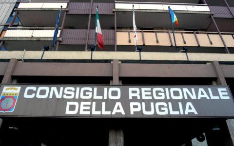 Regione Puglia: stabilizzazione personale S.S.R. con contratto a tempo determinato ed altre forme di lavoro flessibile. Direttive regionali.