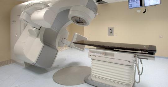 """""""La Radioterapia tra le terapie integrate nelle neoplasie metastatiche"""". Foggia 14 e 15 dicembre 2018. Rivolto a: Medici Chirurghi (Area Interdisciplinare), Infermieri, Fisici, TSRM. Assegnati 10 (dieci) crediti ECM."""