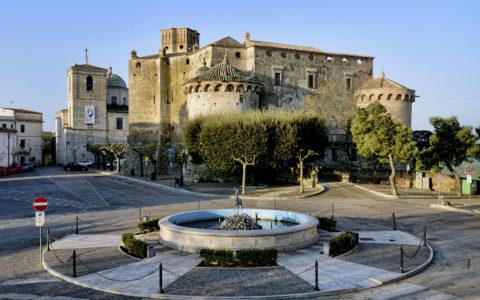 Castello Maresca, il maniero fiabesco di Serracapriola (FG) che incanta tutti.