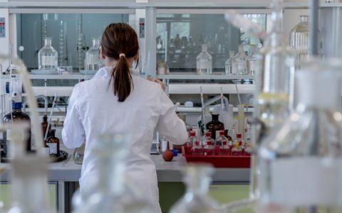 """Corso ECM FAD gratuito per tutte le Professioni Sanitarie: """"Vaccini e vaccinazioni: strategie e strumenti per la prevenzione delle malattie infettive"""". Assegnati 23,4 (ventitre,quattro) crediti ECM."""
