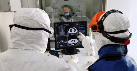 """Tecnico Sanitario di Radiologia Medica e COVID-19: """"Così invisibile, così fondamentale"""". A cura del TSRM Dr. Luca Petito."""
